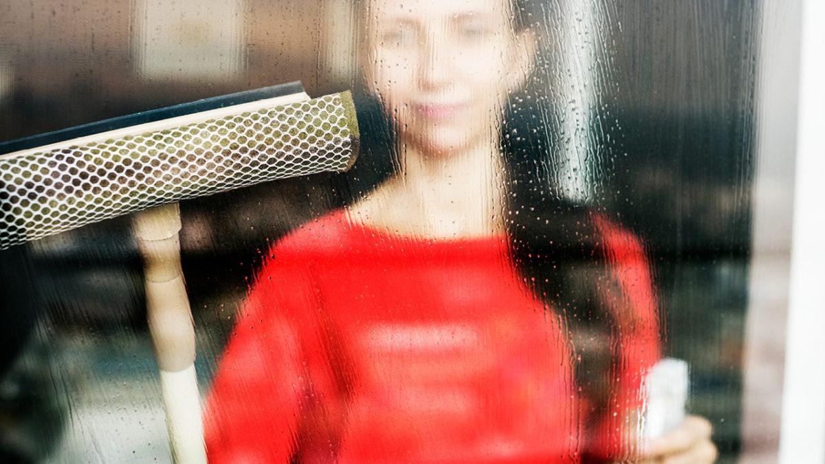 Demineralisiertes Wasser zum Fensterputzen